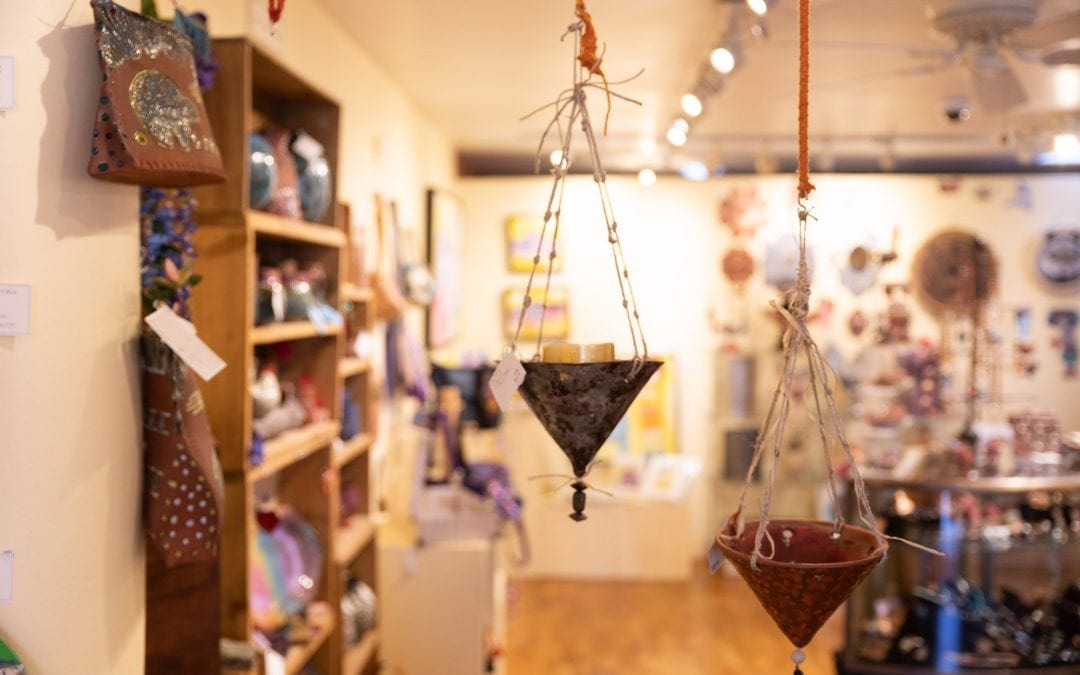 Las Comadres Gallery